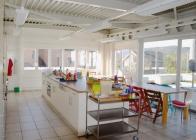 Kueche Essbereich Kindergartenkinder 1