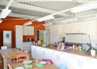 Kueche Essbereich Kindergartenkinder 2